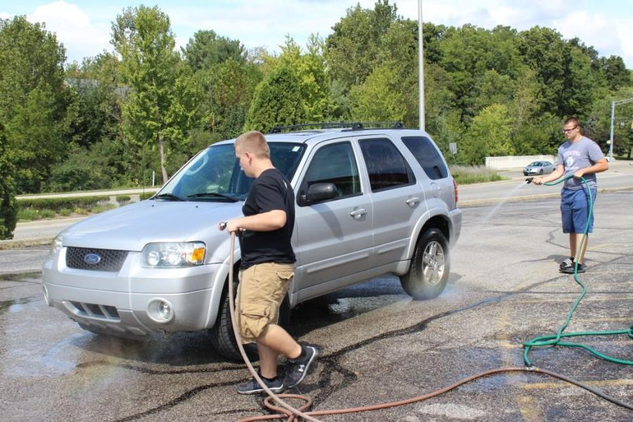Working at the car wash, yeah!