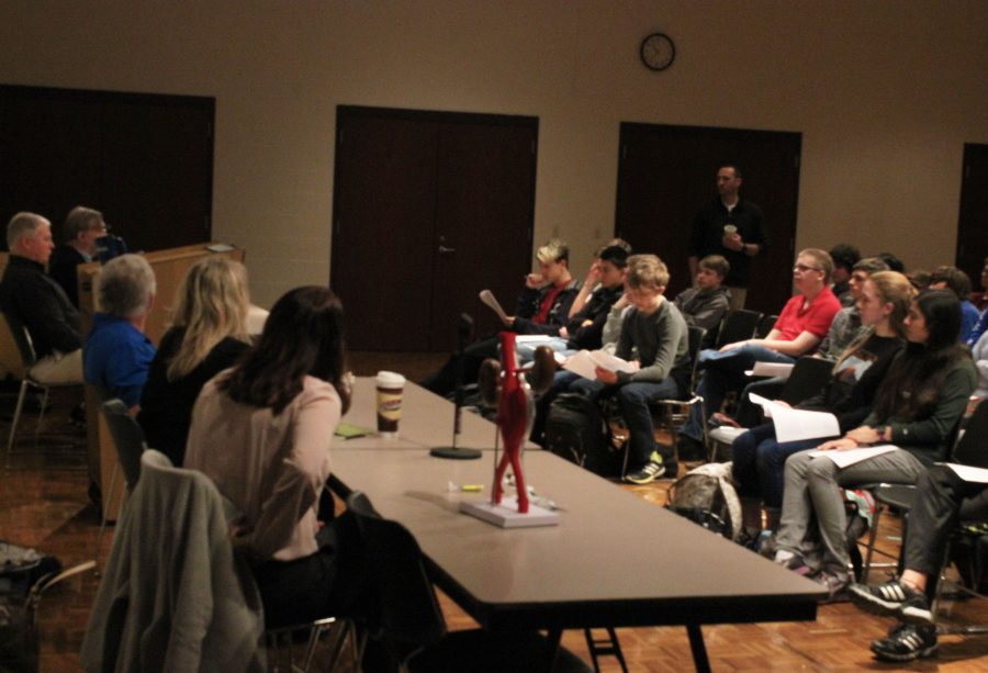 Engineer panel answers students' questions