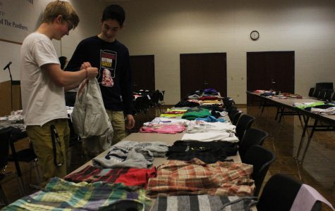 Students look at Fashion Club sale