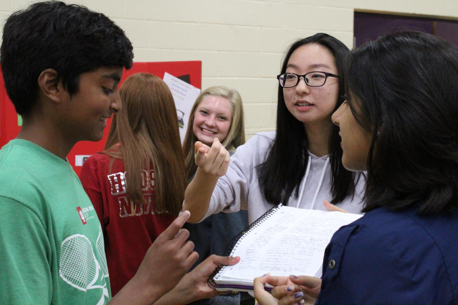 Purple Carpet Day introduces new opportunities to freshmen (gallery)
