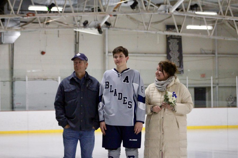Bloomington%27s+Sam+Burris+%286%29+is+honored+with+his+family.