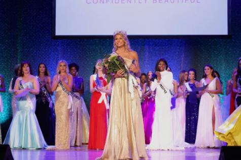 Gryszowka winning Miss Indiana